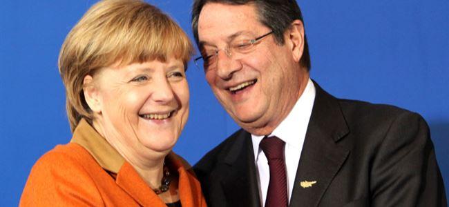 """""""Yunanistanın borcunun silinmesinin söz konusu değil"""""""