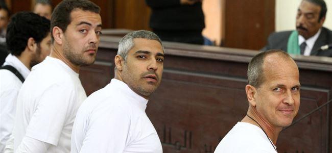 Mısır El Cezire muhabirini serbest bıraktı