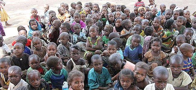 49 bin 800 Nijeryalı, Kameruna sığındı