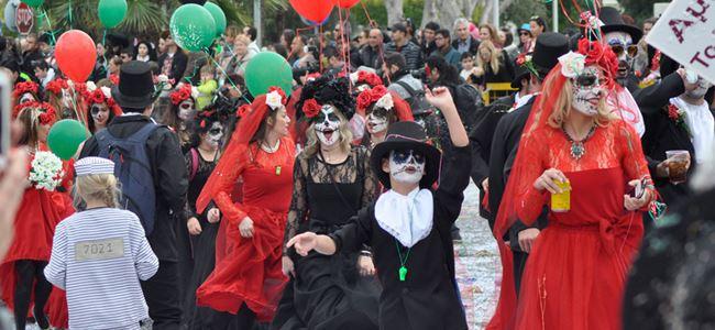 Limasol Karnavalı bu yıl da rengarenkti…