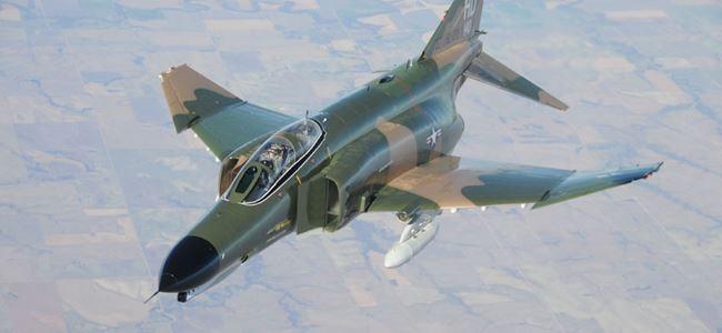 İki F-4 savaş uçağı düştü, 4 asker hayatını kaybetti