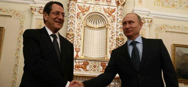 Anastasiadis, Putin ile bir araya geldi