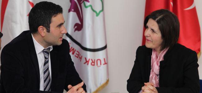 Kıbrıs Türk halkının toplumsal haklarının peşine düşeceğiz