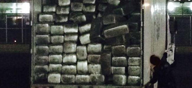 Sınırda 15 ton uyuşturucu