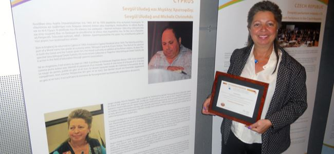 Uludağ, Avrupa Parlamentosunda ödülünü aldı.