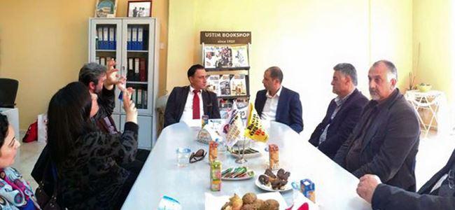 Özersay, Gazeteciler Birliği'ni ziyaret etti