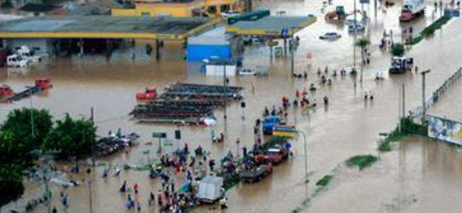 Sel 7 bin kişiyi evsiz bıraktı