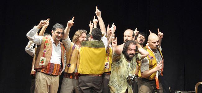 Beşparmaklar Tiyatro Festivali başladı