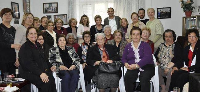 Özersay, Türk Kadınlar Konseyi Girne Şubesi'ni ziyaret etti