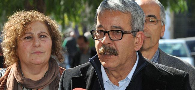 Onurer'den, Araç Kayıt Dairesi'ndeki greve destek