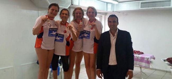 Masterler Yüzme Yarışları tamamlandı