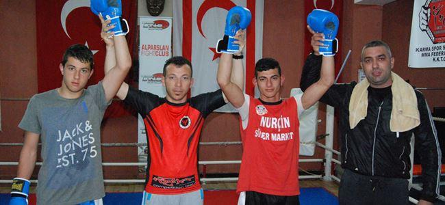 Anadolu  - İskele boks maçları yapıldı
