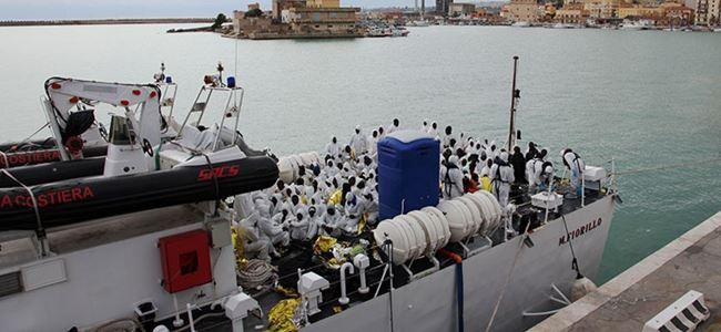 Akdenizde bin göçmen kurtarıldı