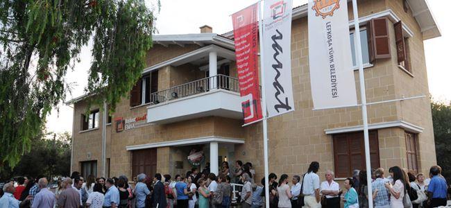 """""""Ayhan Menteş"""" sergisi düzenleniyor"""