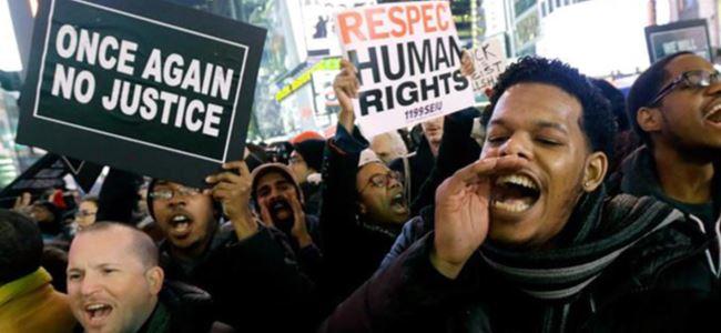 Binlerce kişi polis şiddetini protesto etti