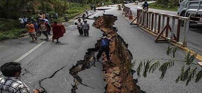 Nepalde ölü sayısı 5 bine yaklaştı