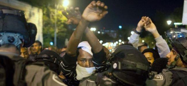 Yahudiler İsrail polisiyle çatıştı