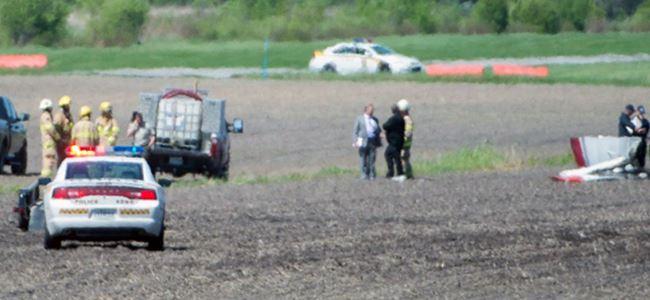 Uçak yere çakıldı, 2 kişi hayatını kaybetti