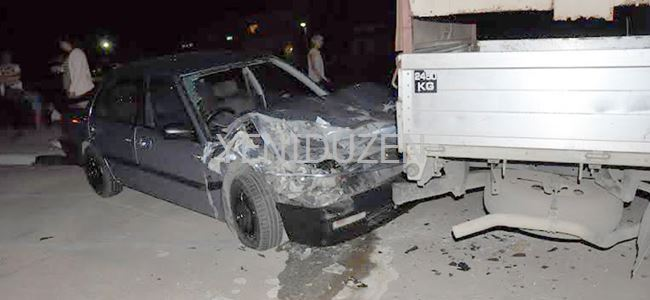 Park halindeki kamyonete vurdu