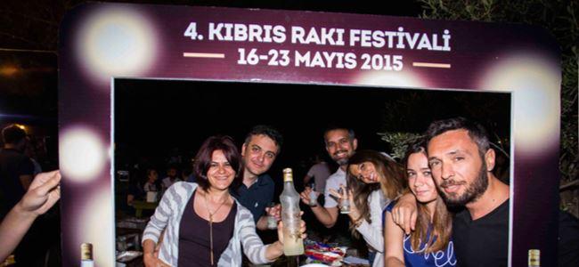 Kıbrıs Rakı Festivali'ne Türkiye'den rekor katılım