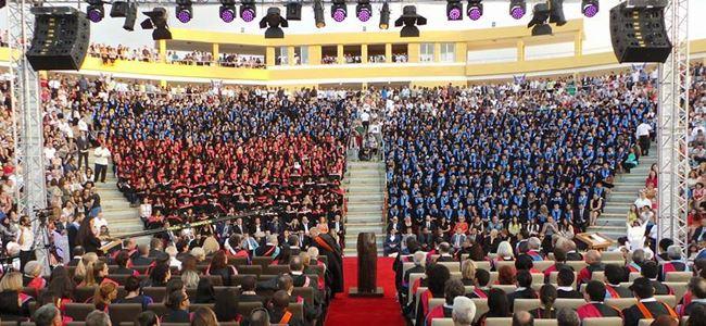 GAÜ 29'uncu dönem mezunları diplomalarını aldı