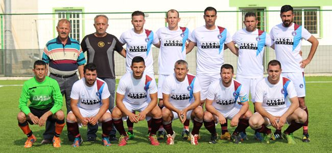İskele Trabzon liderliğini sürdürdü