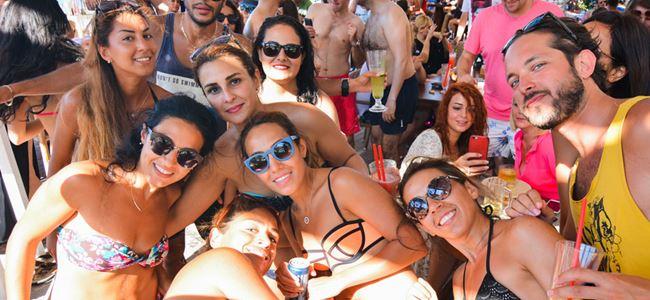 LaPlage'ın bembeyaz kumsalında Beach Party!