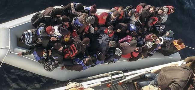 Ege denizinde 501 göçmen kurtarıldı