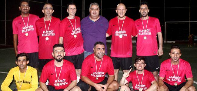 Naci Talat'ta şampiyon Alayköy