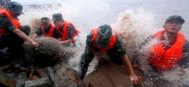 Çin'de tayfundan 9 kişi öldü