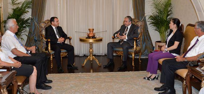 Akıncı Kıbrıs Türk İşadamları Konseyi ile bir araya geldi
