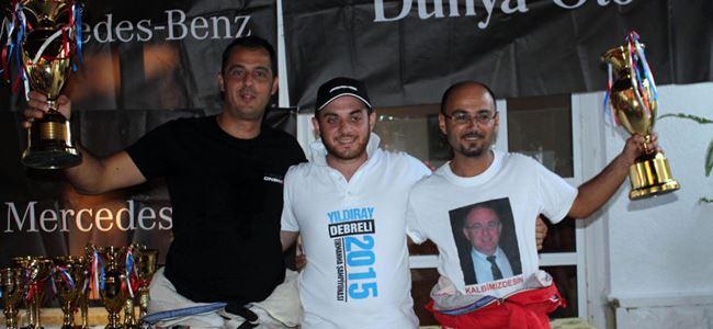 Ardahan'da gülen Denner ve Topcu