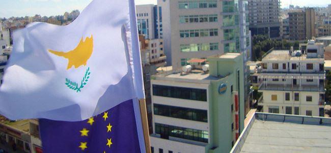 AB vatandaşları Güney Kıbrıs'ı terk ediyor