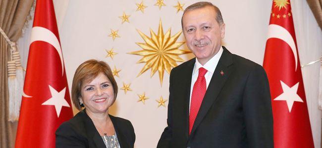 T.C Cumhurbaşkanı Erdoğan, Dışişleri Bakanı Emine Çolakı kabul etti