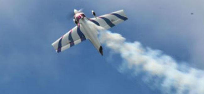 Gösteriye hazırlanan uçak düştü, pilot öldü