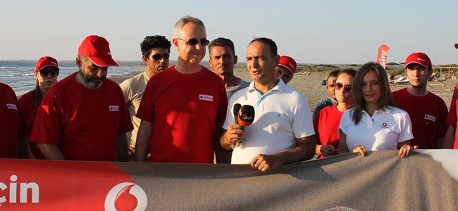 Telsim, kaplumbağalar için Akdeniz sahilini temizledi