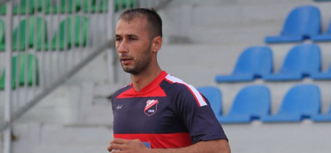 Hamitköy Mehmet Çil'i aldı