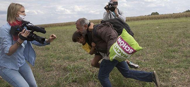 Gazeteci insanlığa çelme taktı!
