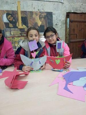 Girne Kalesi'nde Sanat Yapan Çocuklar