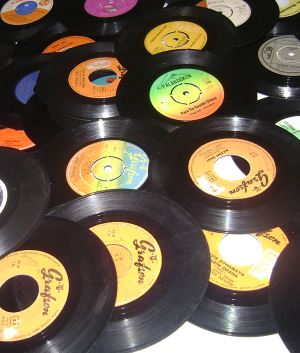 Gramofon ve taş plaklar…