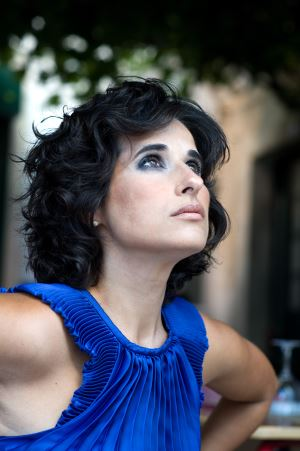 Sokakları, hüznü ve neşeyi buluşturuyor Cristina Branco