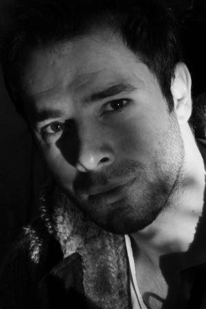 Mustafa Ersenal: En fazla hikayeler meşgul eder