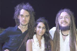 """Babylon: """"Müzikle insanları birleştirmeye çalışıyoruz"""""""