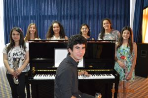 Genç Piyanistlerden Solo Piyano Konseri