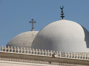 Hıristiyanlık ve Müslümanlıkta Mezhepler ve Bölünmeler
