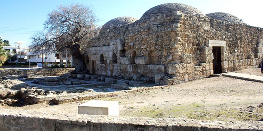 Baf'ta yüzlerce yıllık kemiklerin sırrı