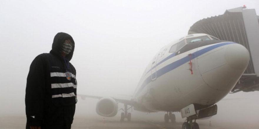 Hava kirliliği uçuşlara engel oldu