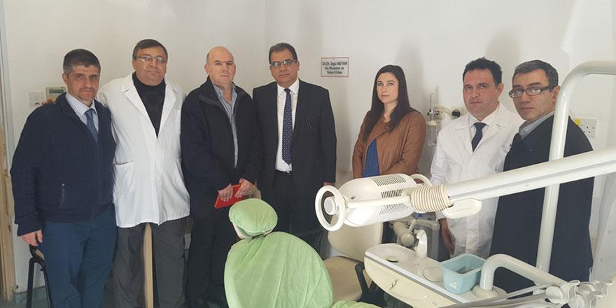 Berna ve İzgü'nün  dişçi üniteleri bağışlandı