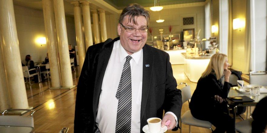 Finlandiya Dışişleri Bakanı Timo Soini, Kıbrıs ile ilgili konuştu