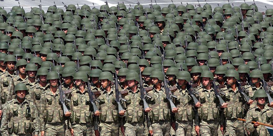 Asker 'sterlin'den  VAZGEÇMEDİ